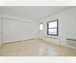 EXTRA LARGE J4 1BR/BA AMPLE CLOSET SPACE CORNER APT LANDMARK BLDG