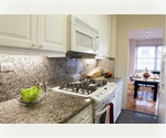 Stunning 1 Bedroom 1 Bathroom on the Upper East Side. 9-foot Ceilings, All White Cabinets and Appliances with Dishwasher, Granite Counter tops, Hardwood Flooring, Washer/Dryer. Spectacular River Views from every room.