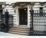 THREE BEDROOM IN UES LIMESTONE MANSION