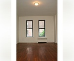 Studio in prime location on Upper East Side
